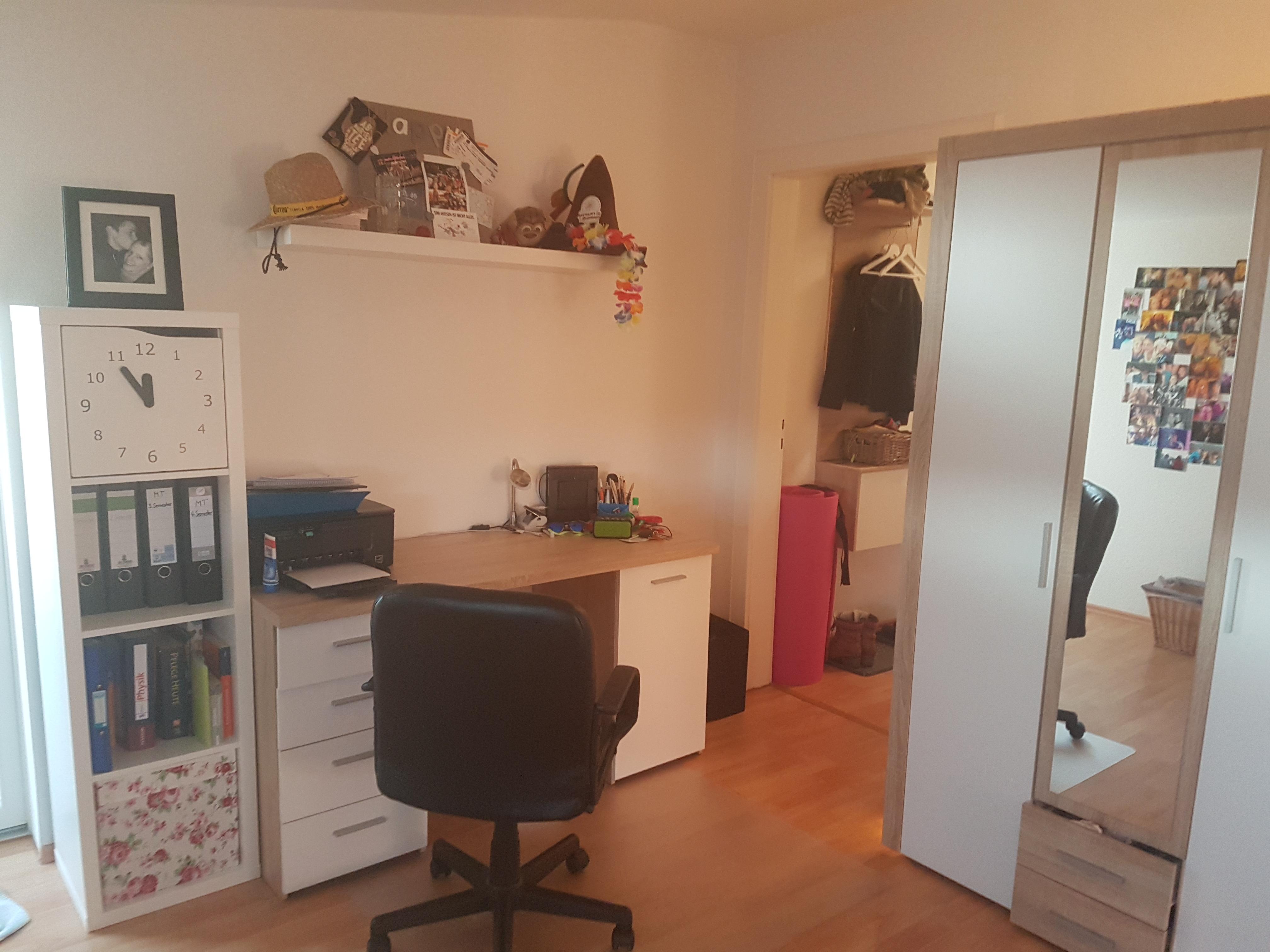Asta Bremerhaven 1 Zimmer Wohnung In Geestemünde Mit Kompletter